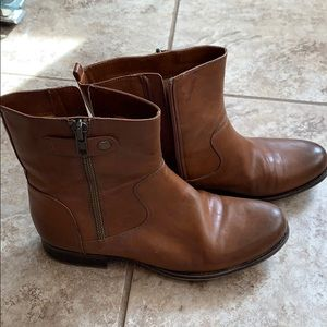 Naturalizer Jacklyn Booties